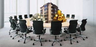 Разпределяне на богатства от заседателите; Снимки: Интернет; Колаж: Меги Р.